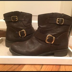 Report brown leather booties